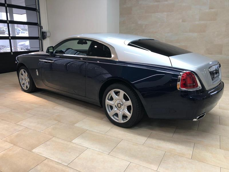 Rolls-Royce Wraith 2015 год <br>Midnight Sapphire / Silver