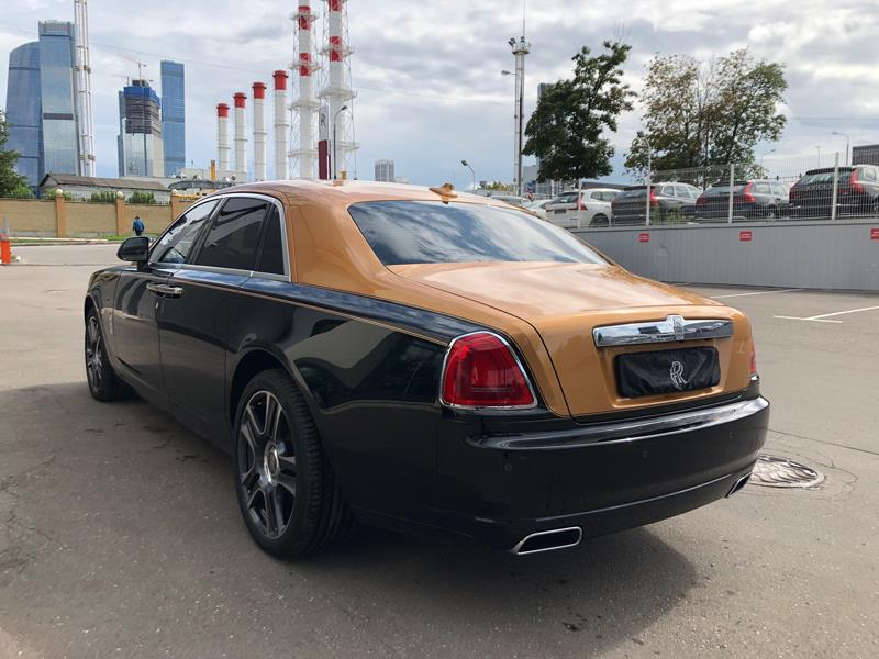 Rolls-Royce Ghost 2016 год <br>Diamond Black / Arizona Sun