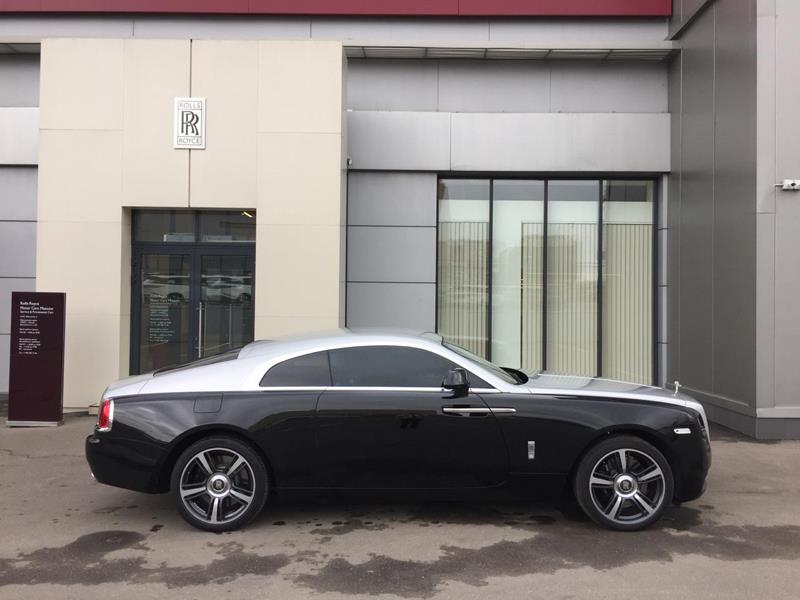 Rolls-Royce Wraith 2014 год <br>Infinity Black / Silver